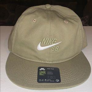 Nike Unisex Hat